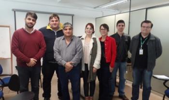 Gerente da WND Brasil (segundo da esq. para dir.) acompanhado de servidores da Udesc e prefeitura - Fotos: Assessoria de Comunicação
