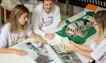 Em Laguna, são oferecidas oportunidades temporárias em Arquitetura e Urbanismo - Foto: Jonas Pôrto