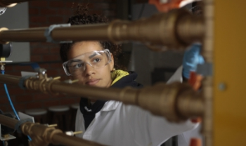 Resolução aprovada pelo Consuni pretende aumentar realização de estudos científicos - Foto: Jonas Pôrto