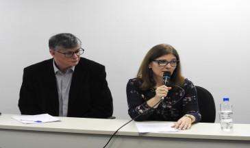 Norberto Dallabrida, idealizador do Oemesc, e Jane Richter Voigt, uma das palestrantes.Foto: Lavínia Kaucz