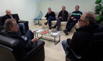 Professores se reuniram com o reitor da universidade, Marcus Tomasi, na semana passada - Foto: Divulgação