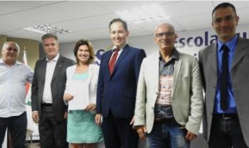 Assinatura de protocolo reforça o engajamento das IES na busca  por soluções sustentáveis