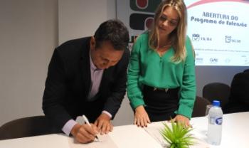 Convênio foi assinado na abertura do programa Saúde do Trabalhador, na Udesc Cefid