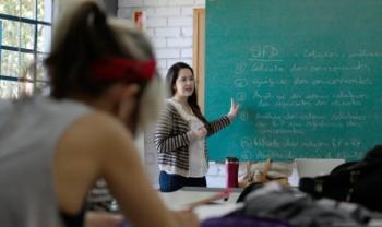 Canal de Ensino da Udesc já conta com cinco videoaulas voltadas aos estudantes e servidores
