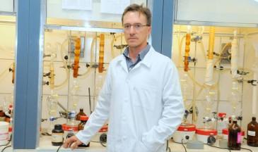 Dias é professor titular do Instituto de Química da Unicamp - Foto: Royal Society of Chemistry