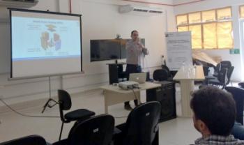Apresentação foi ministrada pelo professor Bruno Carciofi, da Ufsc