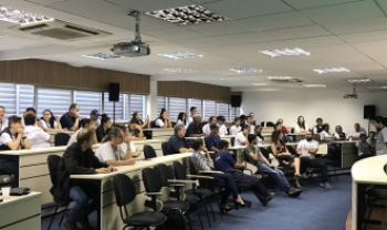 Cartilha foi apresentada em encontro em Florianópolis