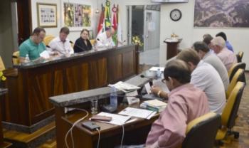 Moção foi aprovada na sessão do dia 29