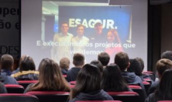 Alunos do Terceirão do Colégio Marista, de Criciúma, conhecem a Udesc Esag
