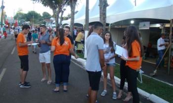 Professores, técnicos e estudantes estiveram presentes ao evento