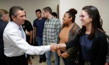 Alunos de Administração Pública da Udesc visitam a Alesc e conversam sobre duodécimo