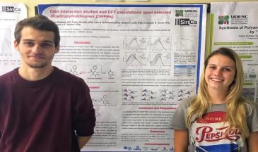 Trabalho de Química Orgânica contou com participação dos alunos Daniel Pietezak eLaís Schmoeller - Foto: Divulgação