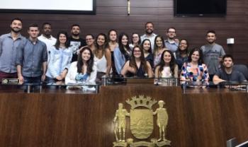Estudantes-vereadores, após sessão simulada no plenário da Câmara