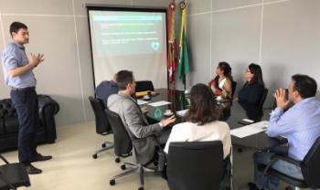 Mestrando Ricardo Rebolho apresenta conclusões do estudo