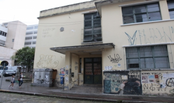 Prédio da antiga escola será reformado e sediará atividades à comunidade