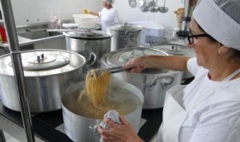 Benefício para refeição diária pode ser usado até abril de 2021, durante períodos letivos - Foto: Secom Udesc