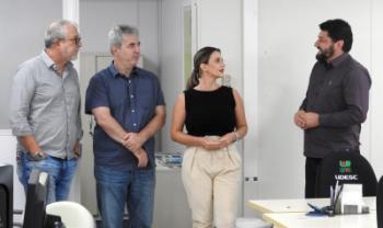 Docente de Lages integrará equipe liderada por Dilmar Baretta (à direita)- Foto: Gustavo Cabral Vaz/Secom
