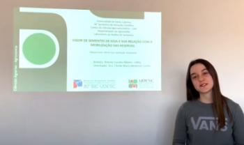 Estudantes da universidade apresentam resumos de iniciação científica nos vídeos - Imagem: Reprodução