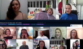 Formandos e formandas dos cusrso de Geografia, História e Pedagogia da Udesc Faed colaram grau de forma virtual