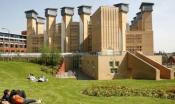 Universidade de Coventry, no Reino Unido, é uma das universidades conveniadas com a Udesc - Foto: Divulg.
