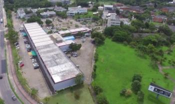 Em Florianópolis, há vagas temporárias em três centros de ensino da instituição.